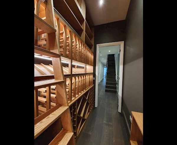 Costa-Decoration-Basement-Home-Oak-Wine-Cellar.jpg (1)